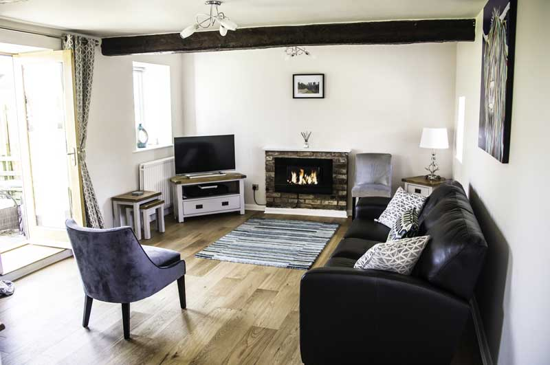 The Old Granary York - Living Room